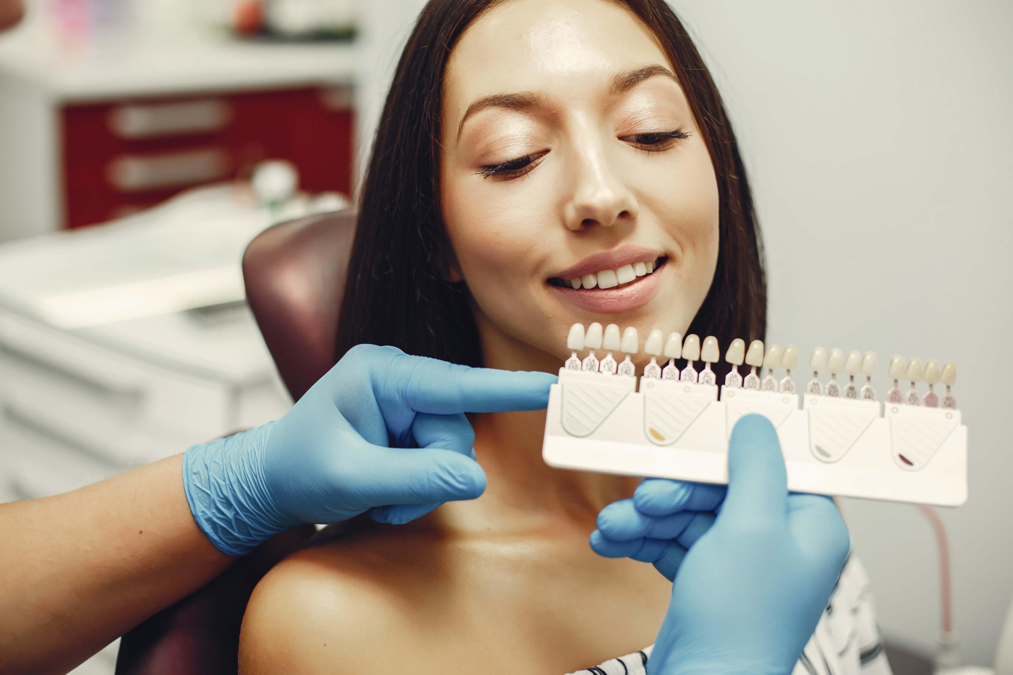 Tipos de carillas dentales - Acosta Cubero